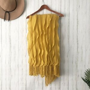 Cynthia Rowley | Luxury Gold Ruffled Blanket